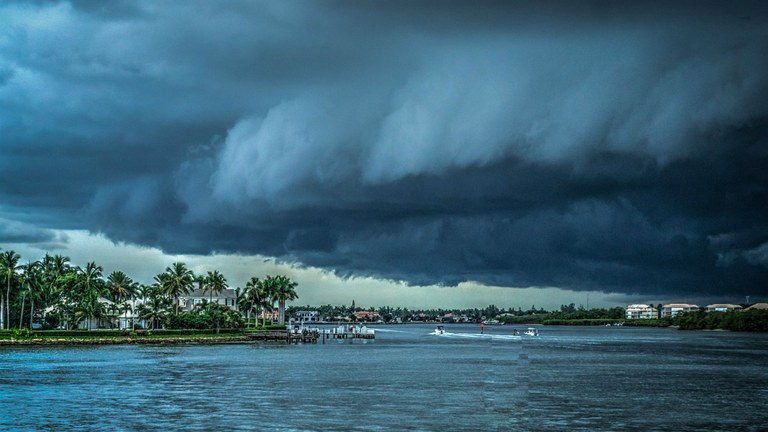 storm-407963_1280.jpg