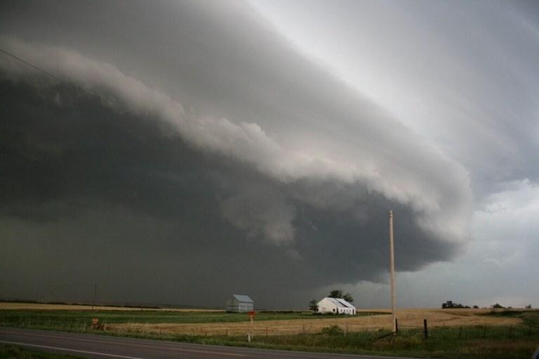 thunderstorm-sean-waugh-noaa-nssl.jpg
